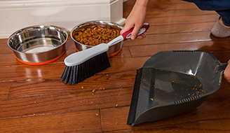 How to Get Rid of Mice: Cleaning up pet food